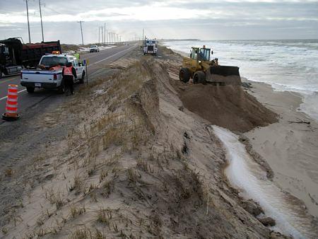 Québec consolide la route 199 aux Îles de la Madeleine après l'ouragan Dorian - Transport Routier